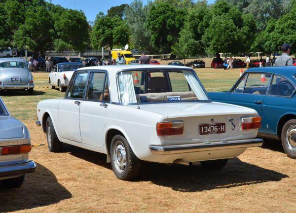 lancia-flavia-sedan-late-rear
