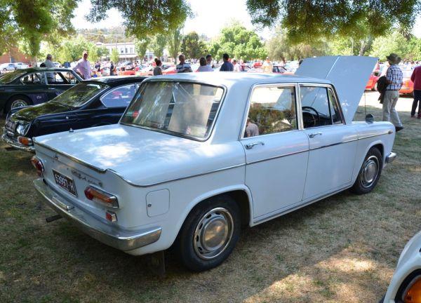 lancia-fulvia-gt-sedan-rear