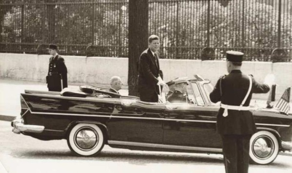 The Real Slim Shady? Nope, just a doubly presidential Simca (June 1961).