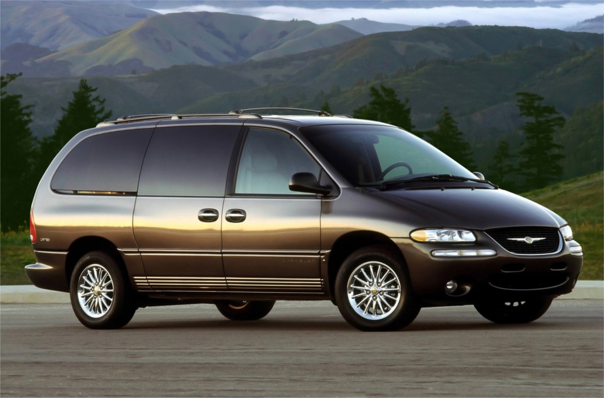 curbside classic 1998 chrysler town country sx voyaging downward. Black Bedroom Furniture Sets. Home Design Ideas