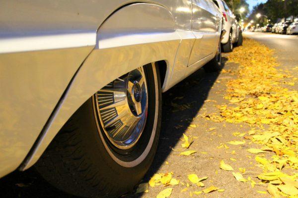 038-1964-ford-thunderbird-landau