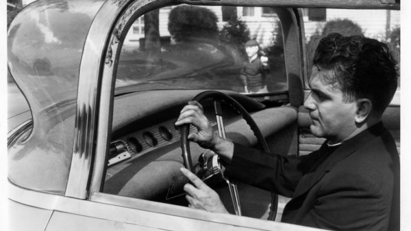 1957-aurora-safety-car1