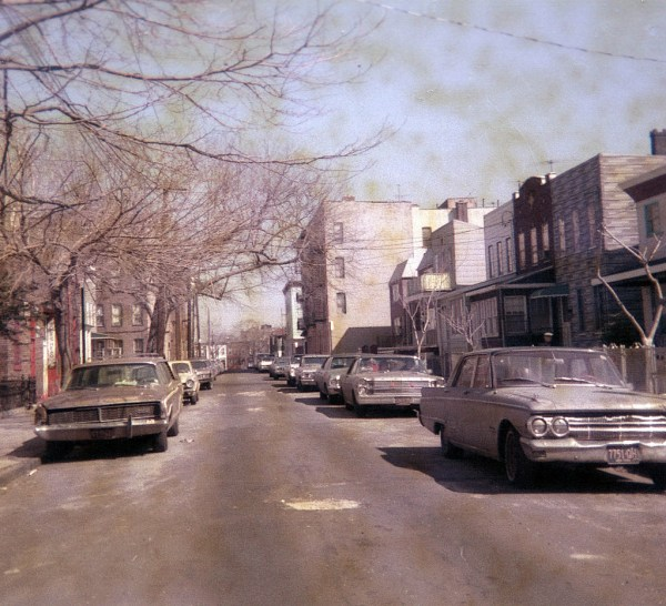 new-york-city-in-the-1970s-quiet-street-9