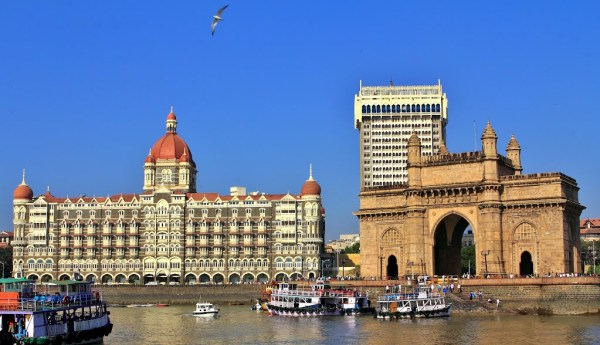 taj-mahal-gateway-of-india