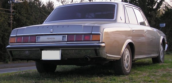 Rear redesigned in 1973 to comply with new Japanese turn signal regulations. Photo: Wikipedia