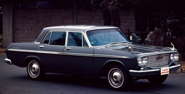 toyota_crown_eight
