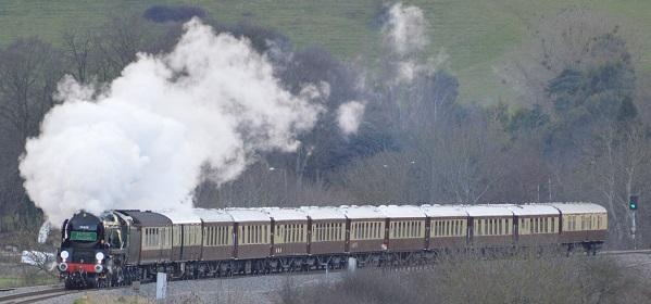 23-rebuilt35028_clan_line_hauling_vsoe_british_pullman_west_of_bath_2013