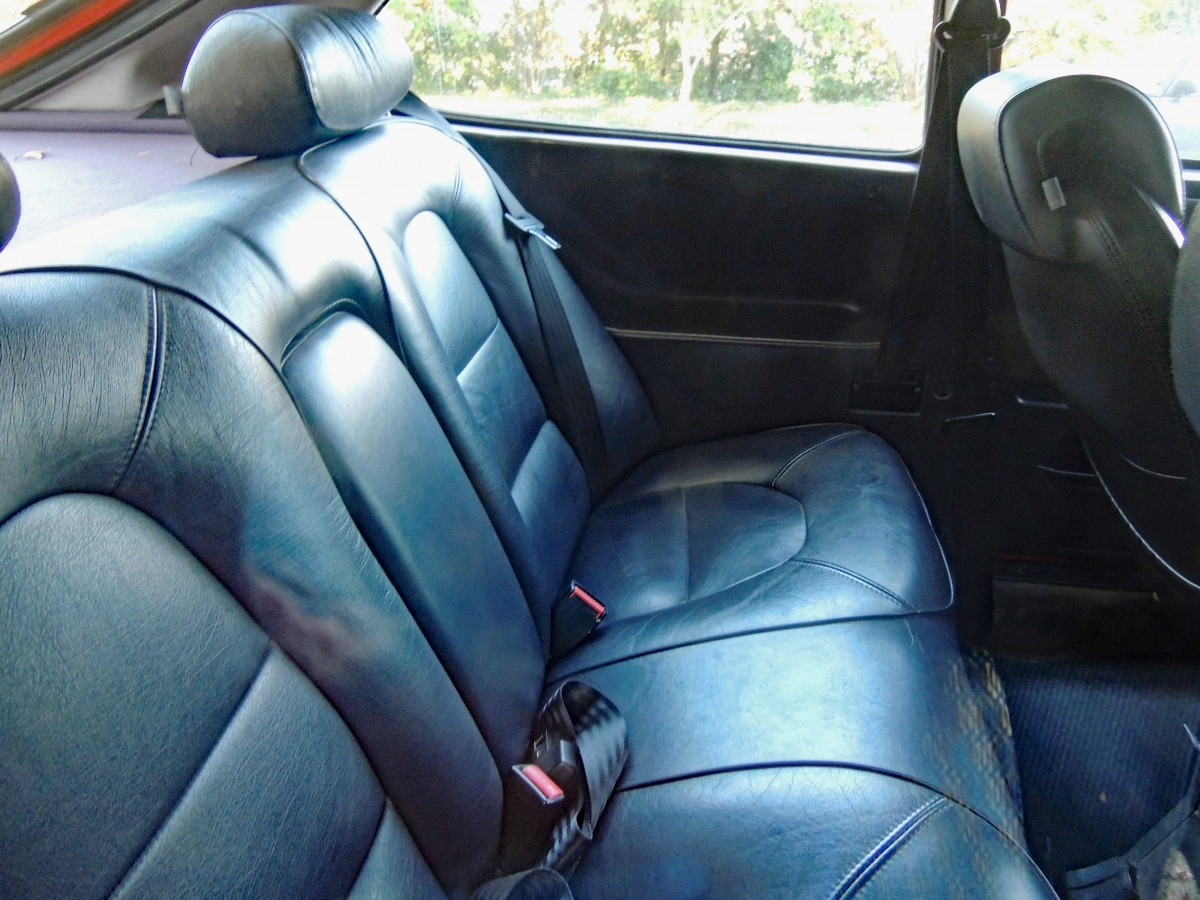 This was supposedly done in the interest of theft prevention – in any  event, it worked. Thefts of Saab 900s were extremely rare. Rear seats ...
