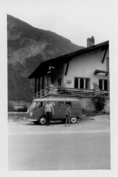 innsbruck-cars-001-vw-bus-1959-500