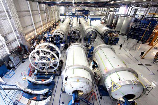 elon-musk-spacex-rocket-factory