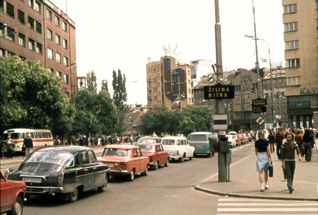 big rear engined four door cars part 2 european efforts so we know the czechoslovakian tatras a t603 is seen here in 70s bratislava as well as those 411 412 veedubs their awkward looks and poor