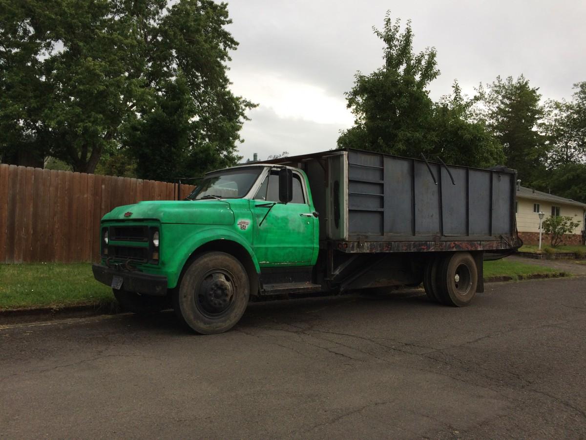 TrucksnCars: 1968 Chevy C50 Dump truck   C50 Truck