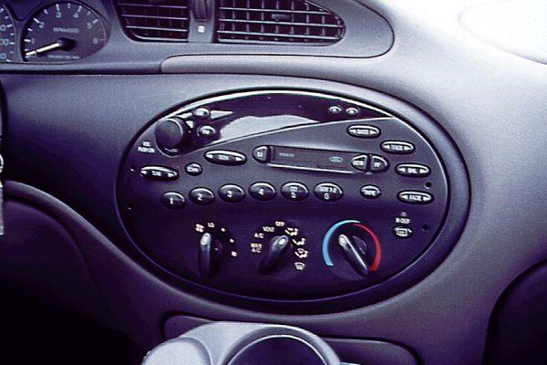 1996 Taurus radio and HVAC