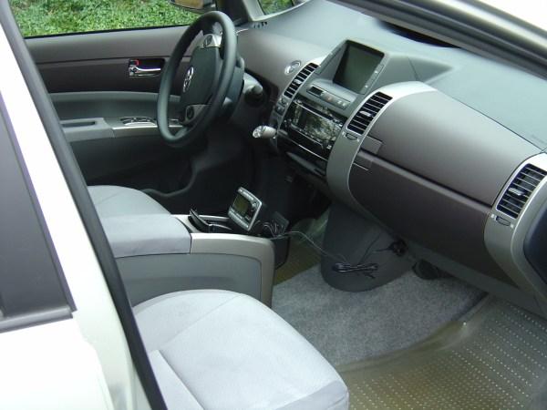 2004 Toyota Prius interior