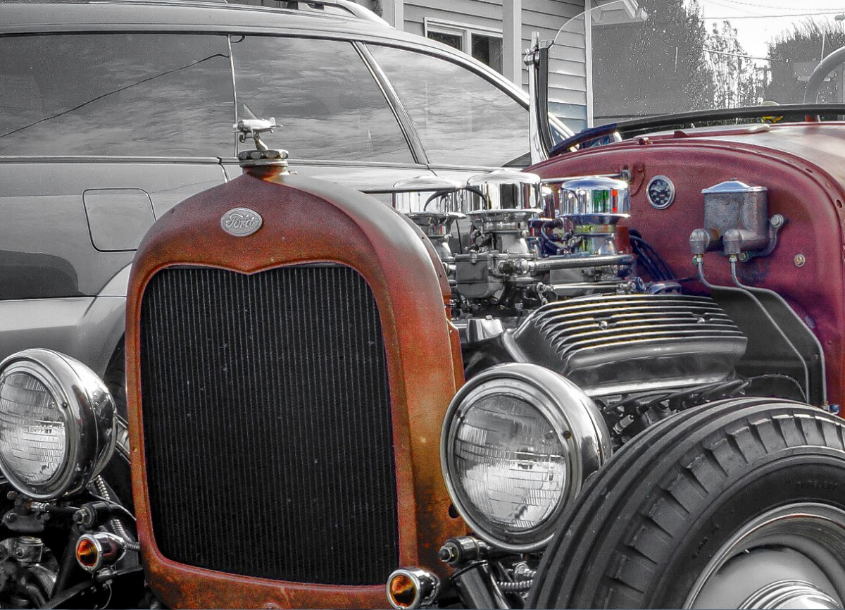 Cohort Outtake: Four One-Barrel Carbs On a Vintage Olds V8 Hot Rod ...