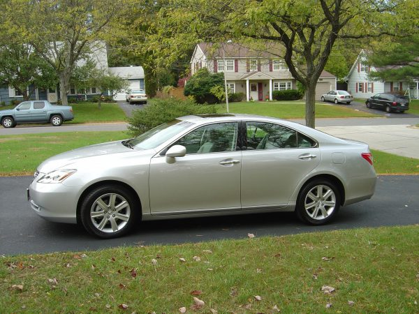 2008 Lexus ES 350 Side View