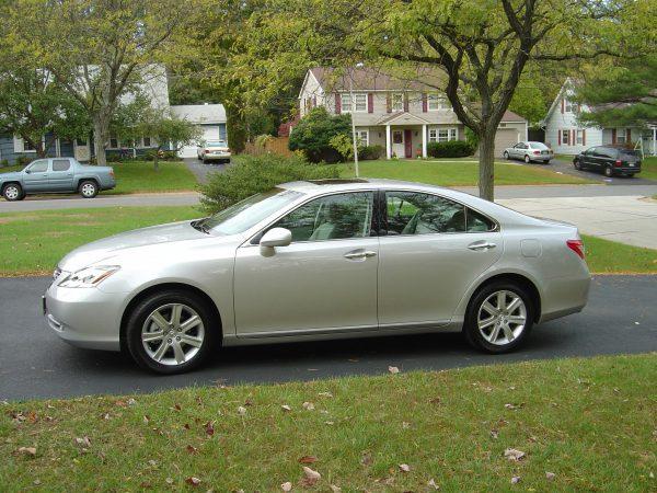 2008 Lexus ES 350 Side View