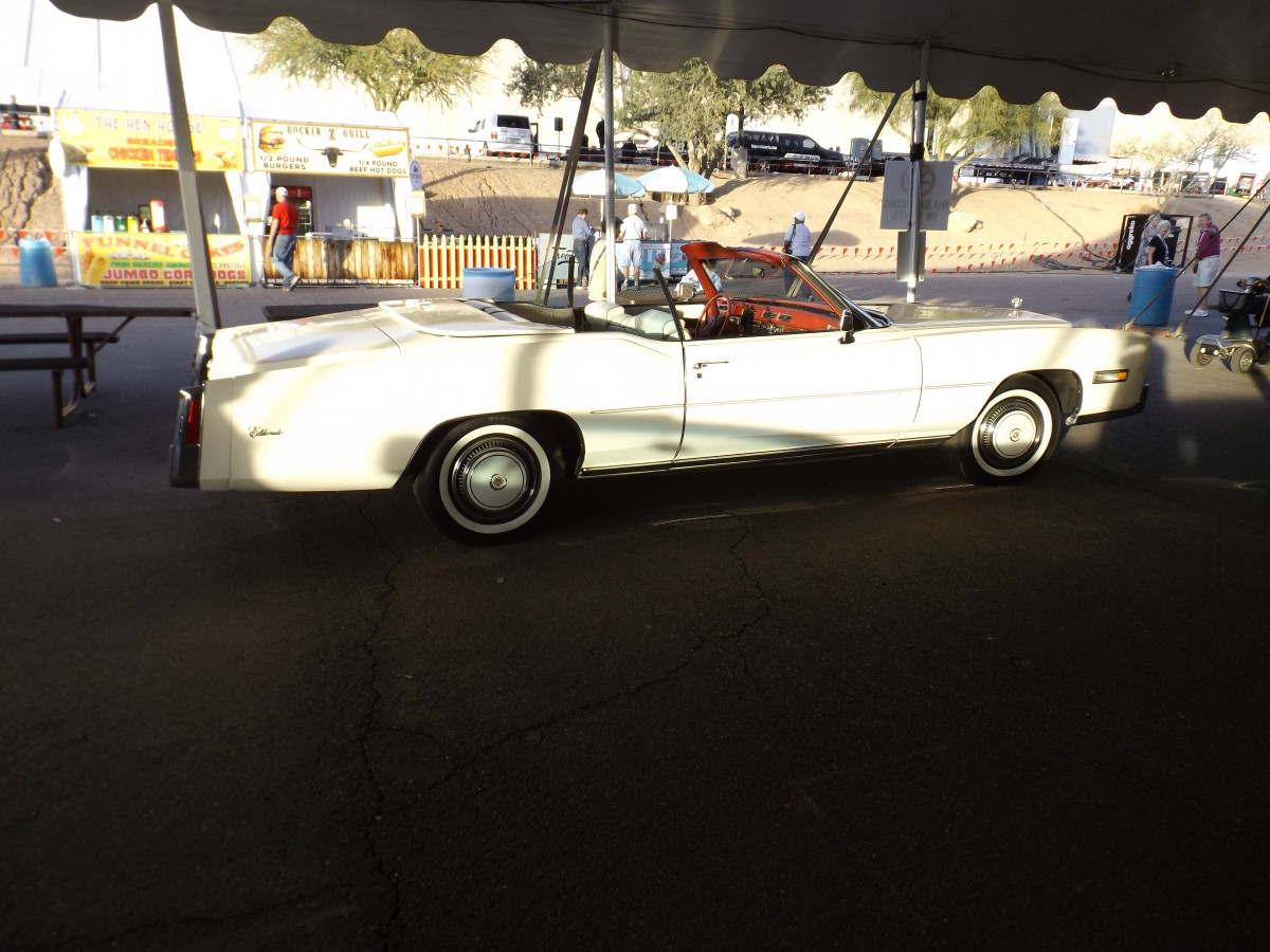 Auction Classic Cadillacs In Scottsdale The Unrestored Cars - Classic car lots near me