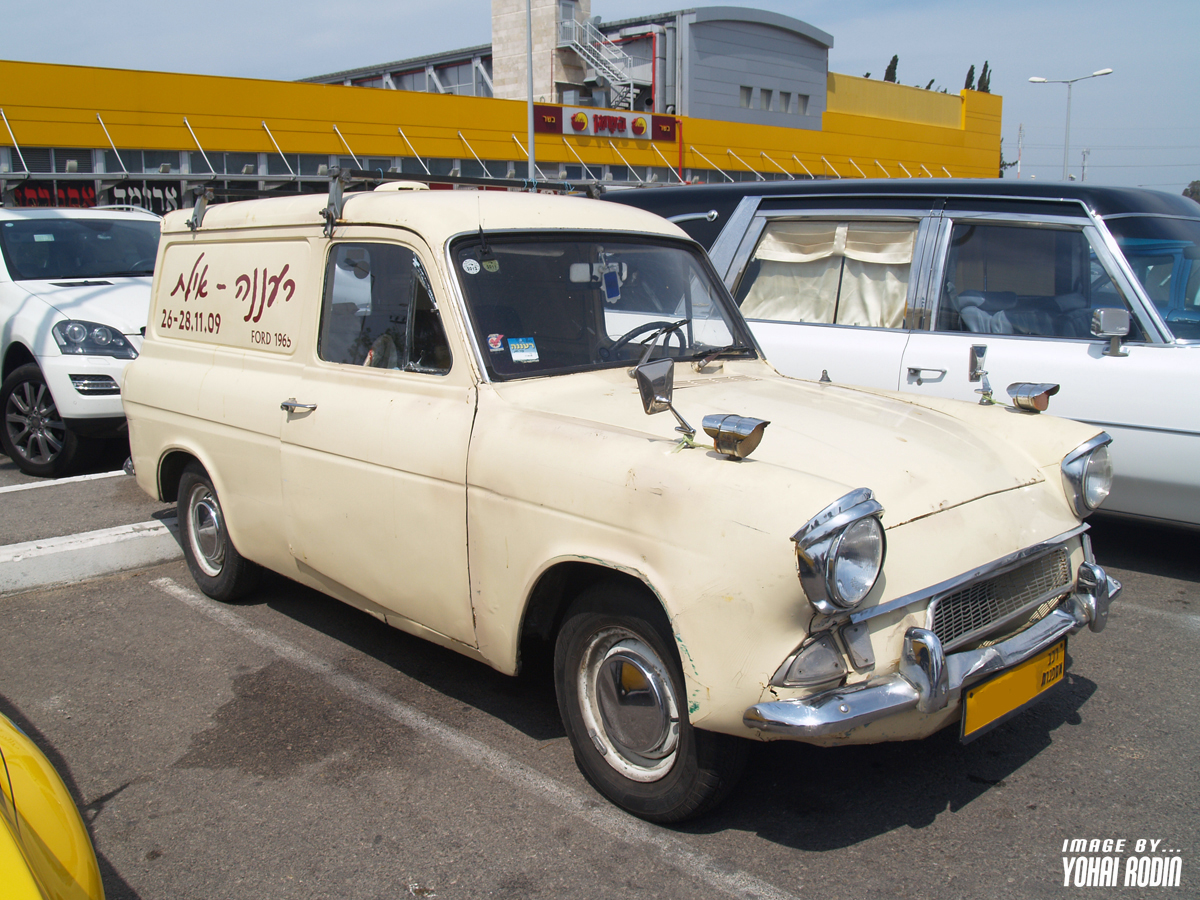 cac4929ef6 Good of the owner to write the birth year of the Anglia
