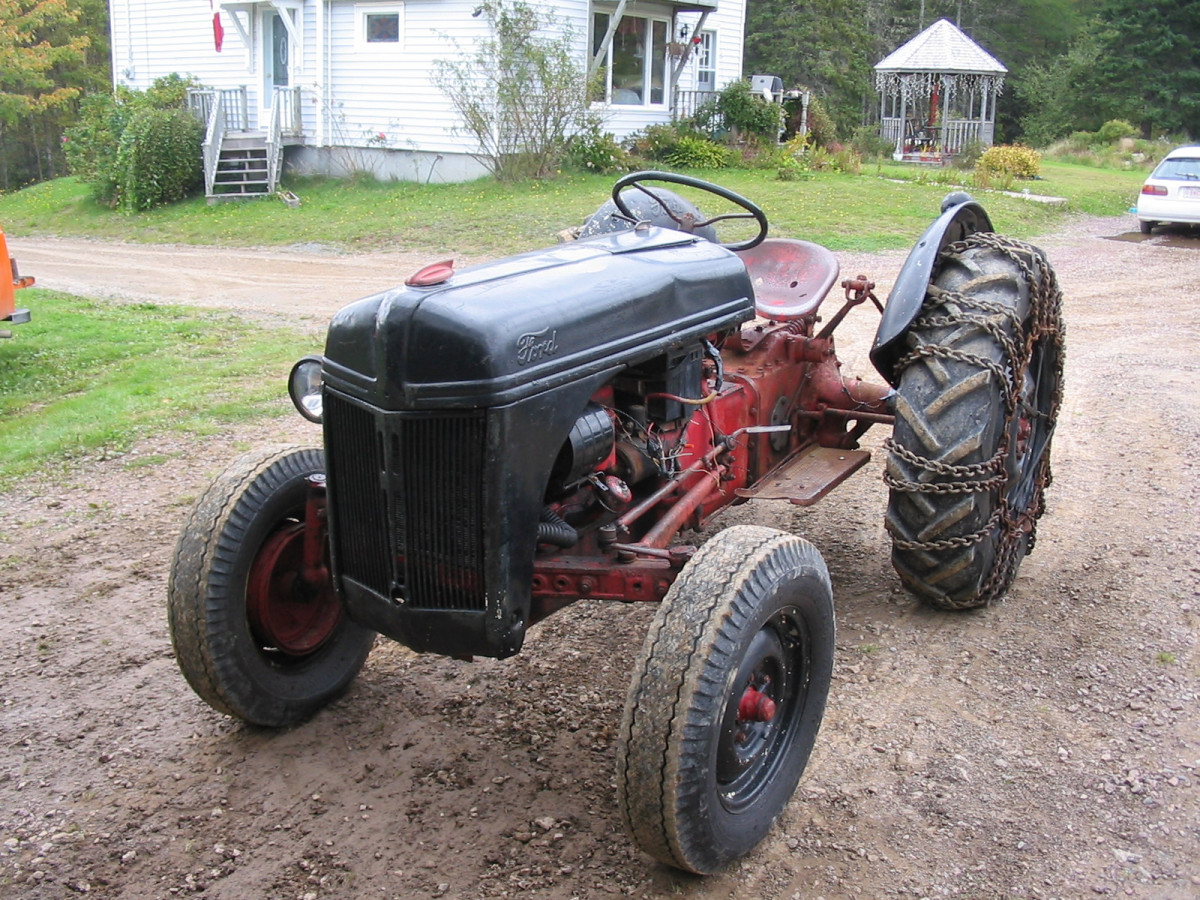 Tractors of a Lifetime: 1951 Ford 8N and 2008 Kioti DK40SE