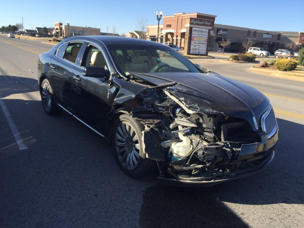 2014 Lincoln MKS Totaled