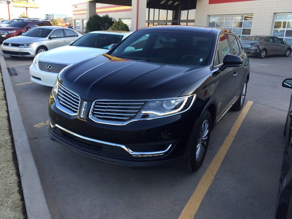 Lincoln MKX Rental