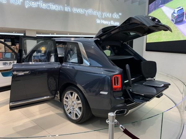 2019 Rolls-Royce Cullinan Doors Open