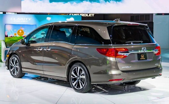 Qotd Honda Odyssey Which Exterior Styling Do You Prefer Jdm Or North American Curbside Classic