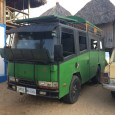 """robadr posted some pictures shot at the beach in Zipolite, Mexico. This is quite the three-some, here, although VW """"vochos"""" are hardly unusual. Not surprisingly, that truck with living quarters […]"""