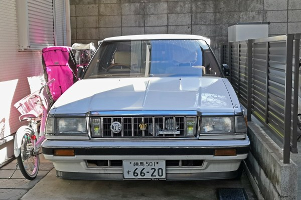 Toyota Crown S130 HT