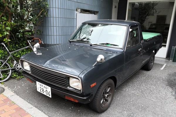 Datsun Sunny B122 pickup