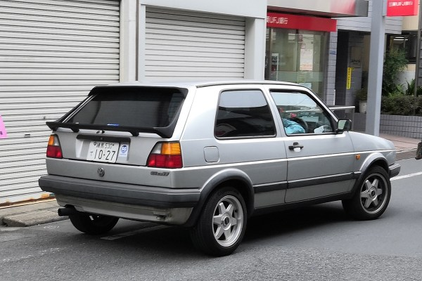 VW GOLF 2 (rear)