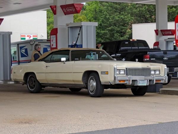 1976 Cadillac Eldorado front