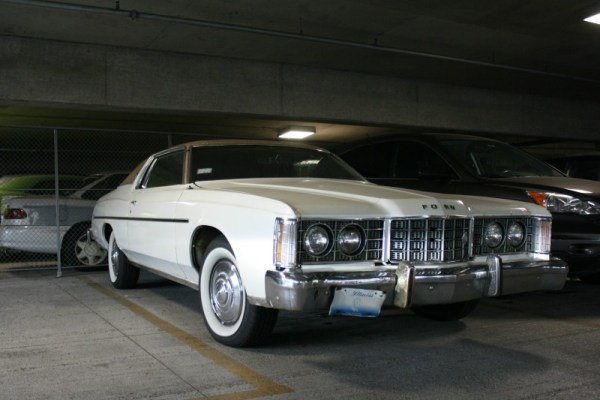 1973 Ford LTD Brougham 2-door