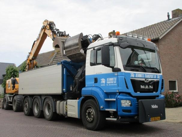 MAN TGS dump truck