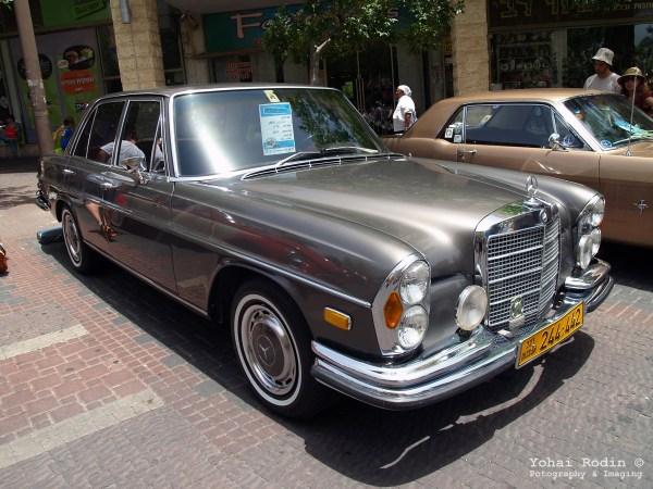 Brown Mercedes-Benz W108