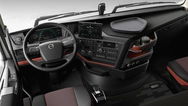 Volvo FH16 interior