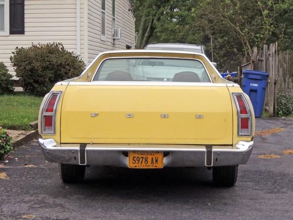 1973 Ford Ranchero rear