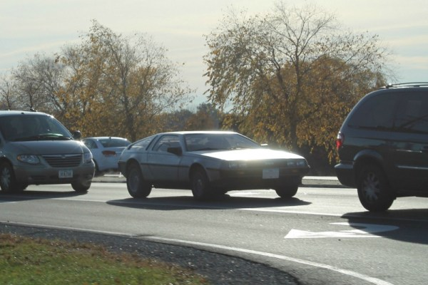 1981 DeLorean DMC-12. Cedar Rapids, Iowa. Monday, October 26, 2015.