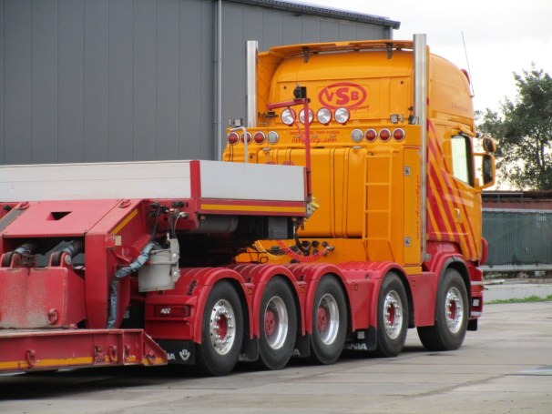 Scania R620 10x4 heavy-haulage tractor
