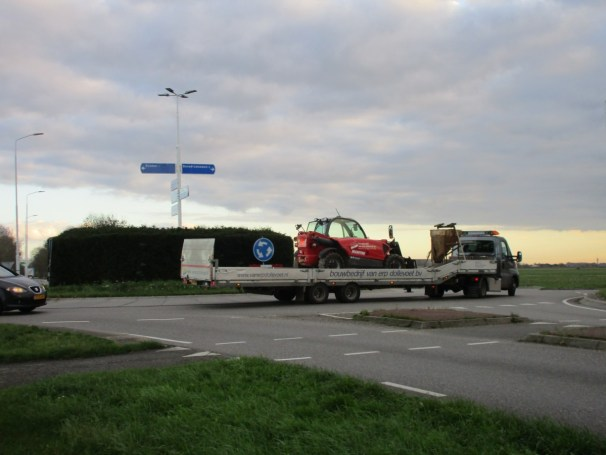 Iveco Daily with semi-trailer