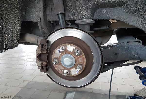 Honda Civic Tourer rear brakes