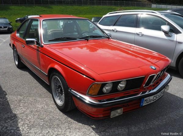 Red BMW E24 635 CSI