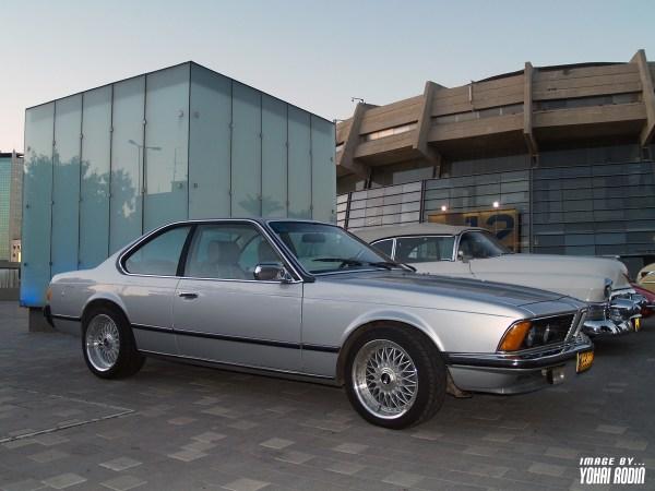 Silver BMW E24 633 CSI