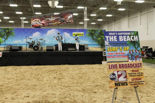 The Beach at Chrome & Ice, February 12, 2016. Flint, Michigan.