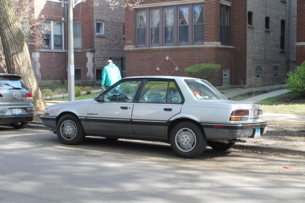 1990 Pontiac Sunbird LE. Edgewater, Chicago, Illinois. Saturday, April 17, 2021.