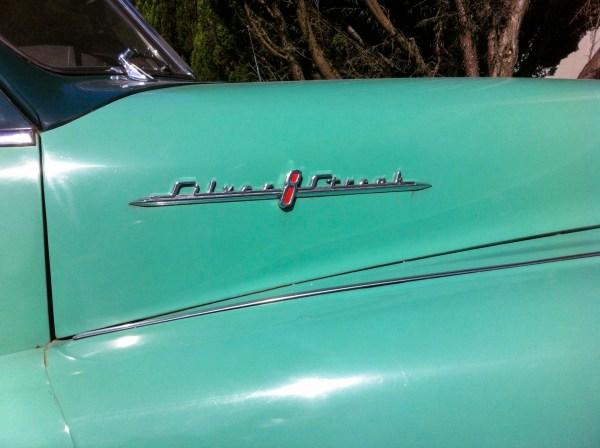 1948 Pontiac hoodside
