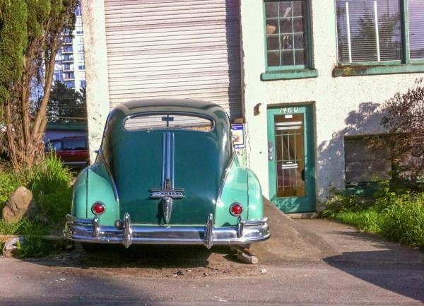 1948 Pontiac, rear