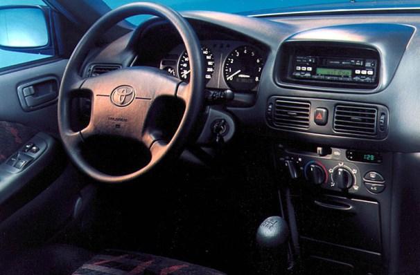 Corolla E110 interior