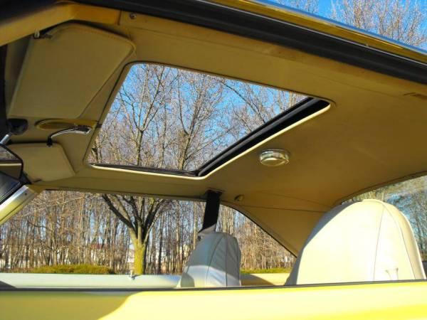 1974 Dodge Dart with manual crank sunroof